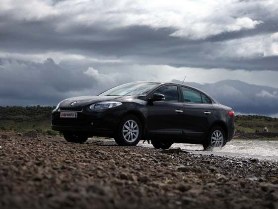 Renault Fluence Road Test