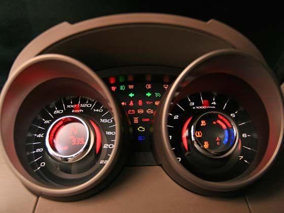 Mahindra XUV 500 Driver Dial