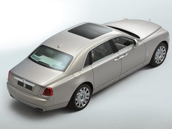 Rolls Royce Ghost Extended Wheelbase panoramic roof