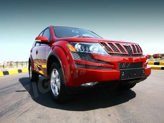 xuv 500 front