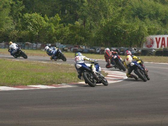 Round 5, 2012 Yamaha YZF R15 One Make Race Championship