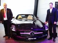 Mercedes-Benz unveils the SLS AMG Roadster and M Class
