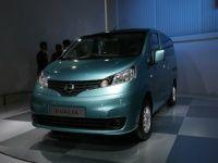 Nissan Evalia minivan makes Indian debut at 2012 Auto Expo