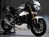 Triumph makes its Indian debut at 2012 Auto Expo