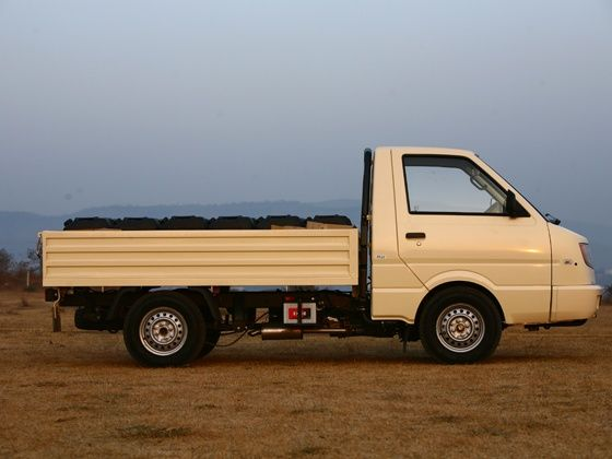 Ashok Leyland Dost side profile