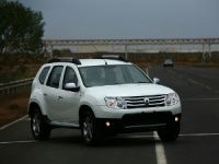 Renault_Duster_coming_to_a_showroom_near_you_this_July_t