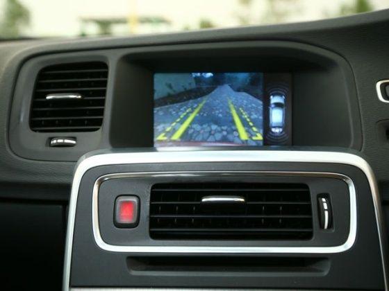 Volvo S60 rear view camera