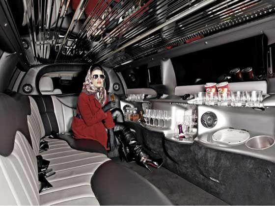 2012 Chrysler limousine Mumbai Interior