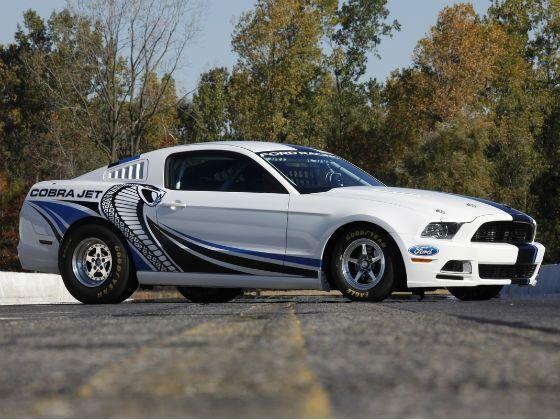 Ford Racing Mustang Cobra