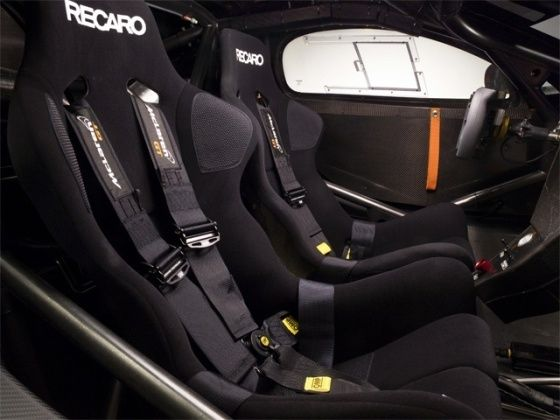 McLaren 12C GT Can-Am Edition interior