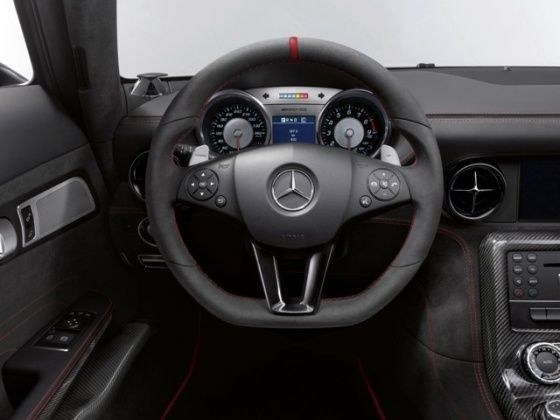 Mercedes-Benz SLS AMG Black steering wheel