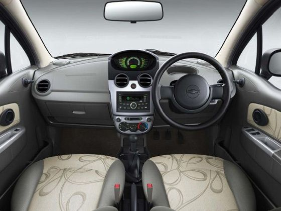 Face-lifted Chevrolet Spark interiors