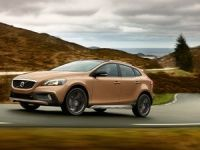 Volvo V40 Cross Country coming to India