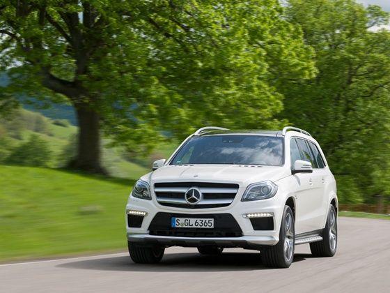Face-lifted Mercedes-Benz GL-Class