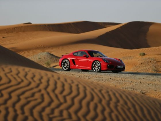 Porsche Cayman desert