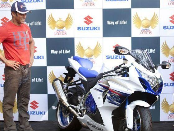 Salman Khan poses with the Suzuki GSXR1000F