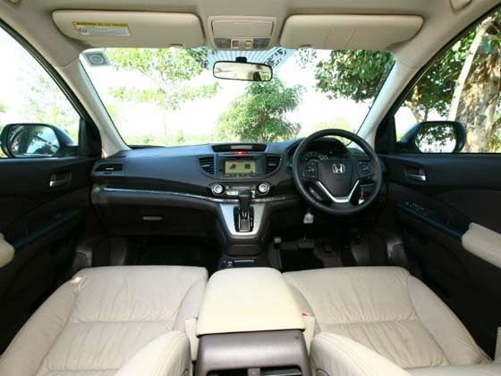 New Honda CR-V cabin