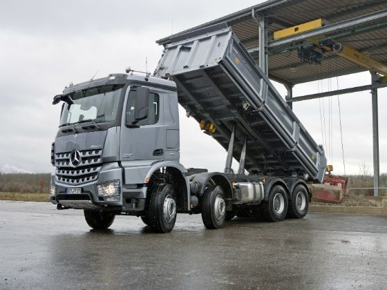 Mercedes-Benz Arocs in action