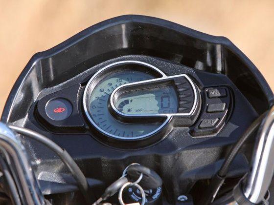 Mahindra Pantero speedometer