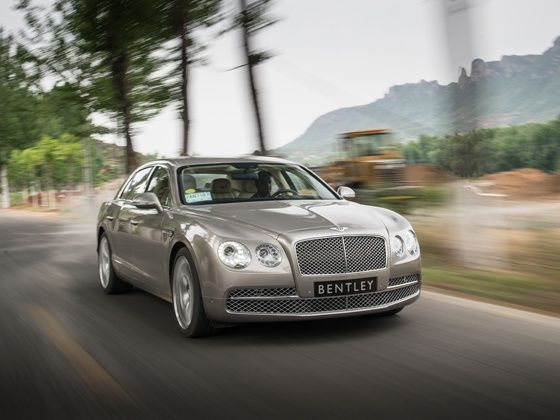Bentley Continental Flying Spur drive