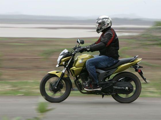 Honda CB Trigger in action