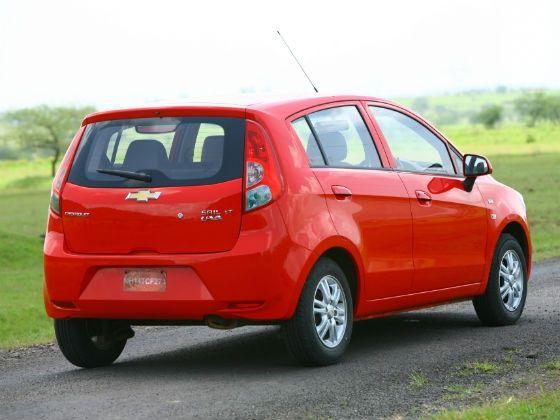 Chevrolet Sail UVA rear shot