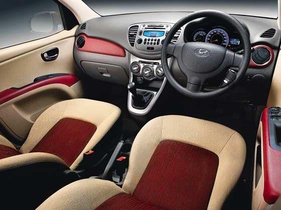 Hyundai iTECH i10 special edition interiors