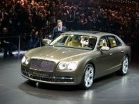 2013 Bentley Flying Spur at 2013 Geneva Motorshow