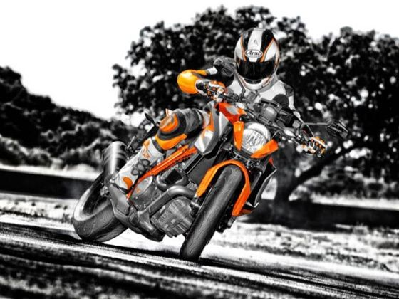 KTM 1290 SuperDuke R action shot