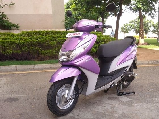 Yamaha Ray front shot