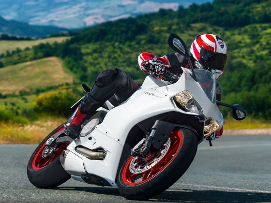 Ducati 899 Panigale action shot