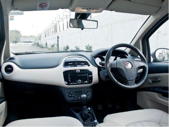 2014 Fiat Linea T-Jet Interior