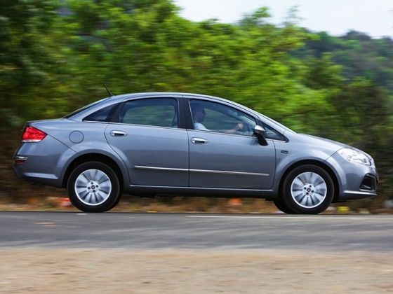 2014 New Fiat Linea pan shot