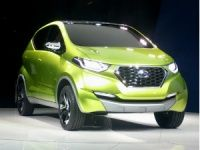 Datsun Redi-Go unveiled at 2014 Indian Auto Expo