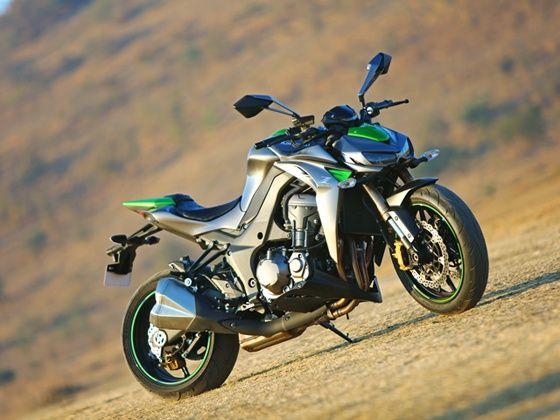 2014 Kawasaki Z1000 still front