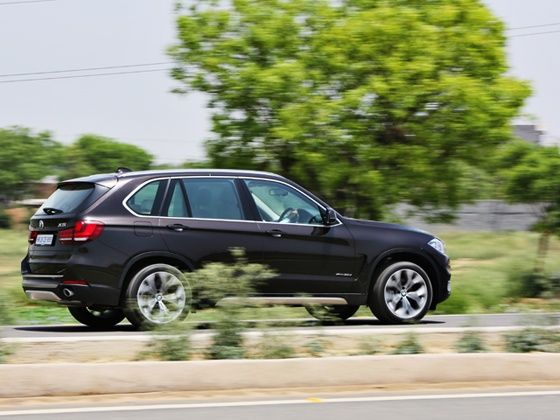 2014 BMW X5 rear action shot