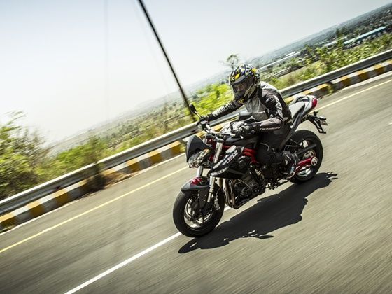 Riding the Benelli TNT 899 on the hills around Pune in India