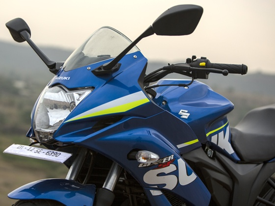 2015 Suzuki Gixxer SF in Metallic Triton Blue MotoGP special edition