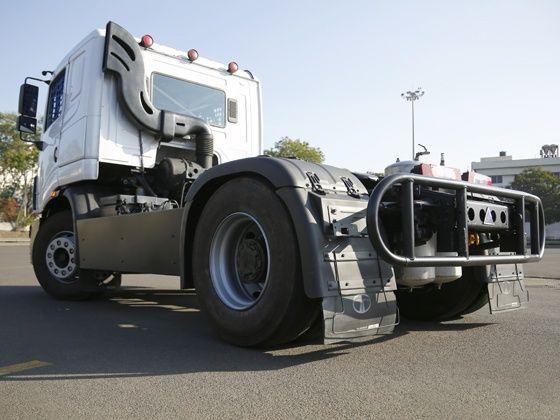 The rear design of the 2015 Tata T1 Prima race truck
