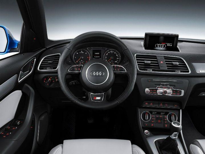 Audi Q3 facelift interior