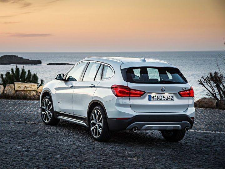 2016 BMW X1 rear static