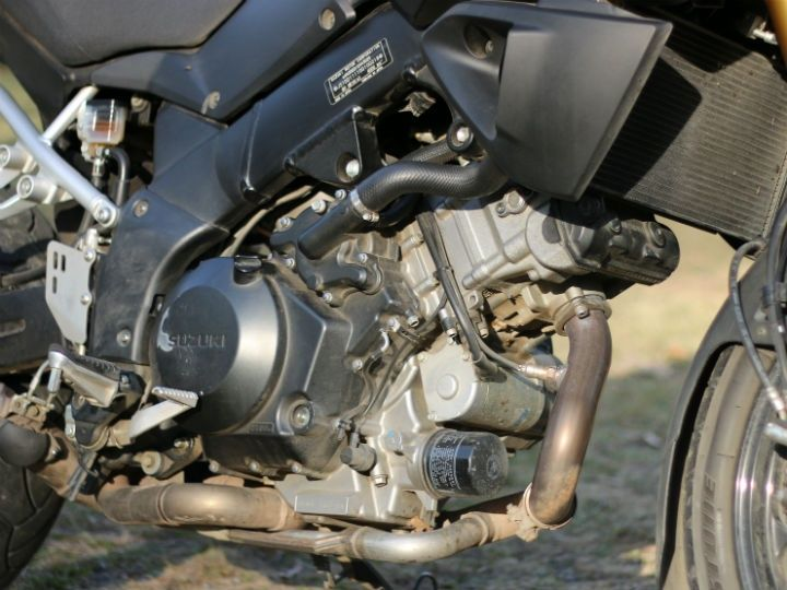 1083cc 90-degree V-twin engine