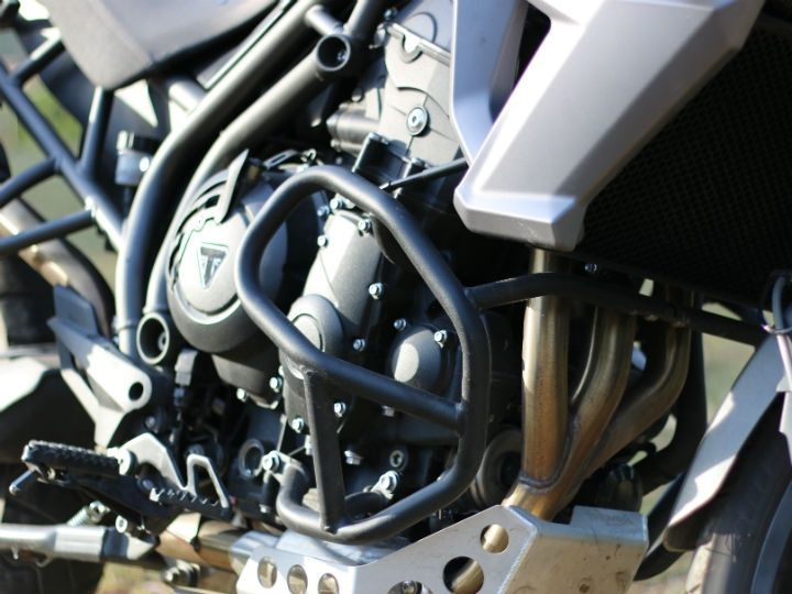 800cc in-line triple engine makes 94PS at 9250rpm