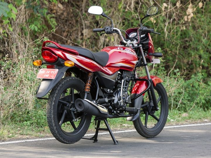 Rear design of the new Bajaj Plaitna ES