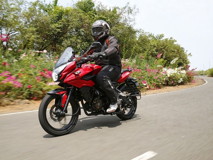 Bajaj Pulsar As150 Bikes Bajaj Pulsar As150 Action Shot