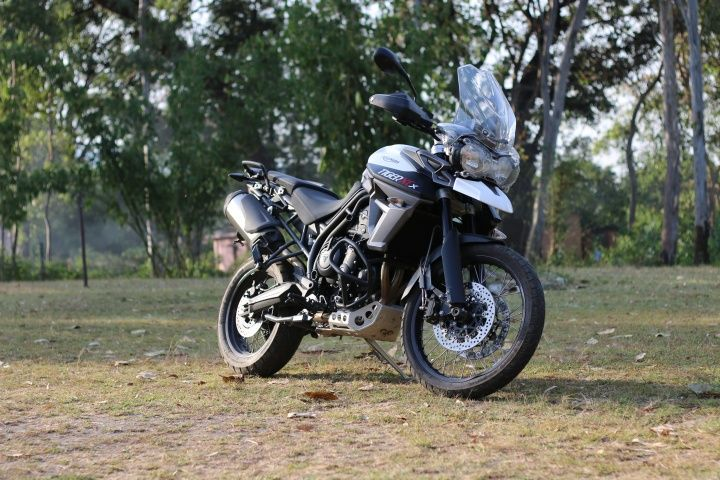 2015 Triumph Tiger 800 XCx styling and looks