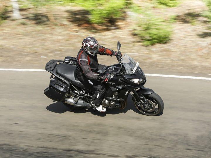 Kawasaki Versys 1000 action