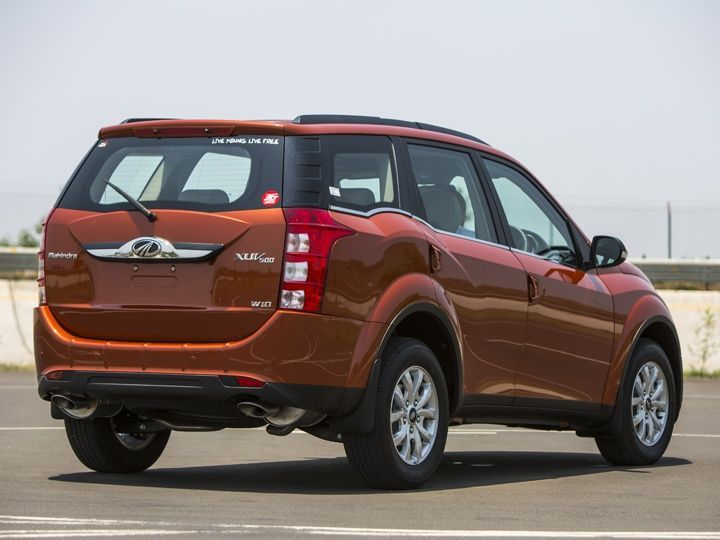 There are a few design changes on the side and rear of the 2015 Mahindra XUV500