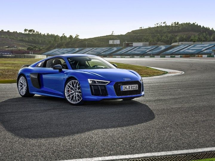 Audi R8 V10 Plus was launched in India at the 2016 Delhi Auto Expo