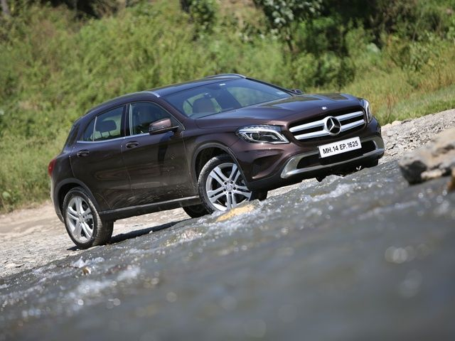 Mercedes benz gla class india review photo gallery slide 1 for Mercedes benz gla class india